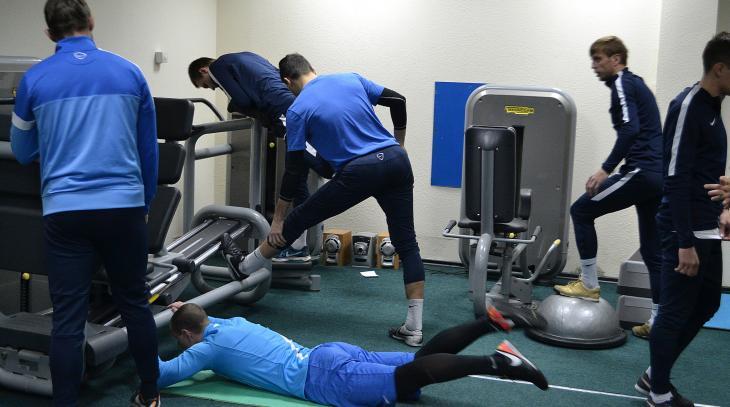 Футболисты «Севастополя» приступили к тренировкам